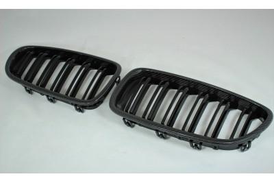 Решетка радиатора для 5 серии F10 M look Карбон