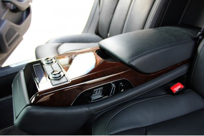 Audi A8. Большой детейлинг с химчисткой.